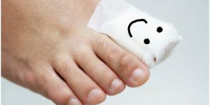 happy toenail bandage